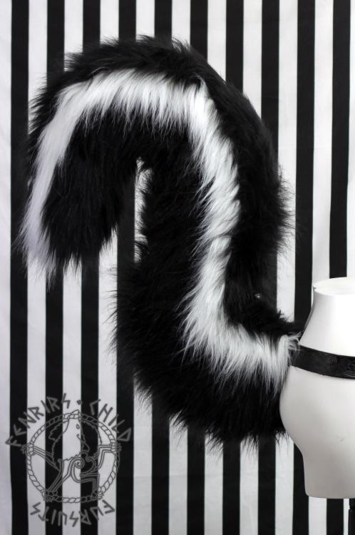 Skunk Tail Side Weasyl