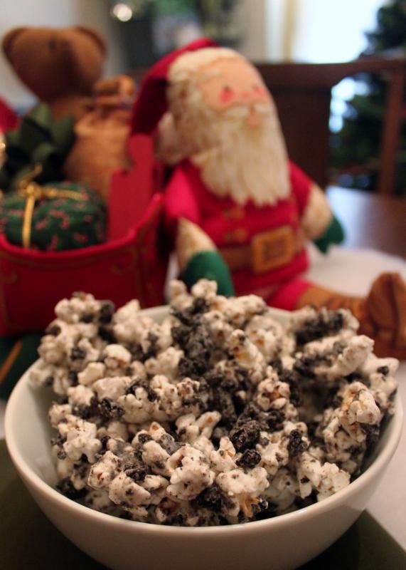 Cookies 'n' Cream Popcorn