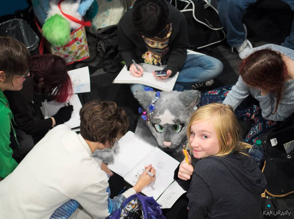 Canfurence 2016 - Headless Lounge Art Session