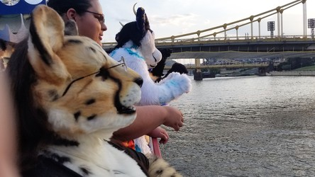 AC 2017: Fursuit Cruise 03