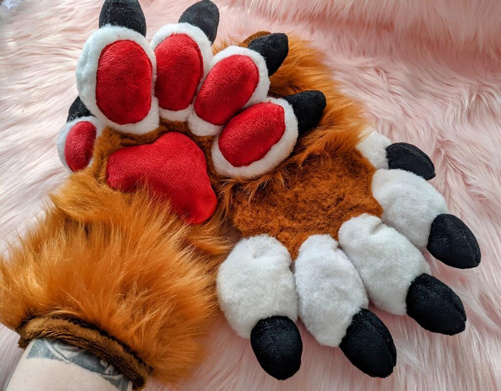 Copper Feral Fursuit Handpaws