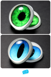 EYES: Green and blue eyes