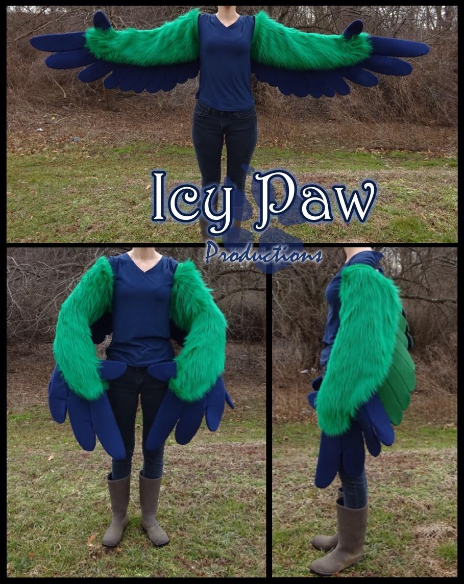 Caique wings