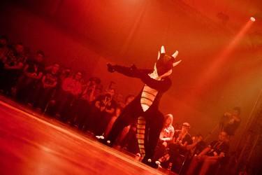 EF21 'Enter the Arena' dance