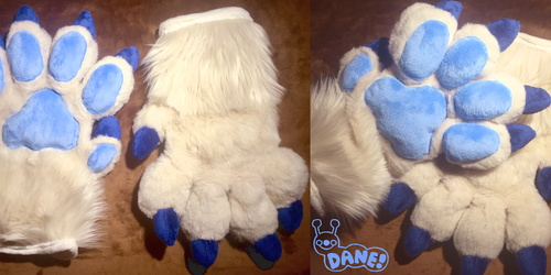 Ivory Handpaws With Dewclaw