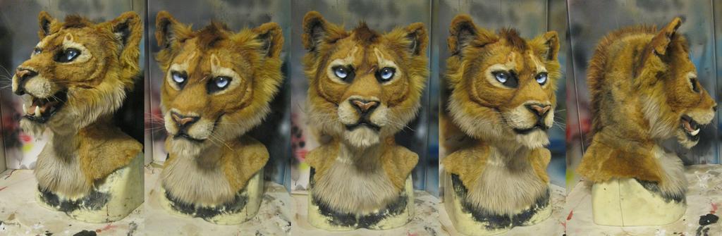 Jijix lioness mask