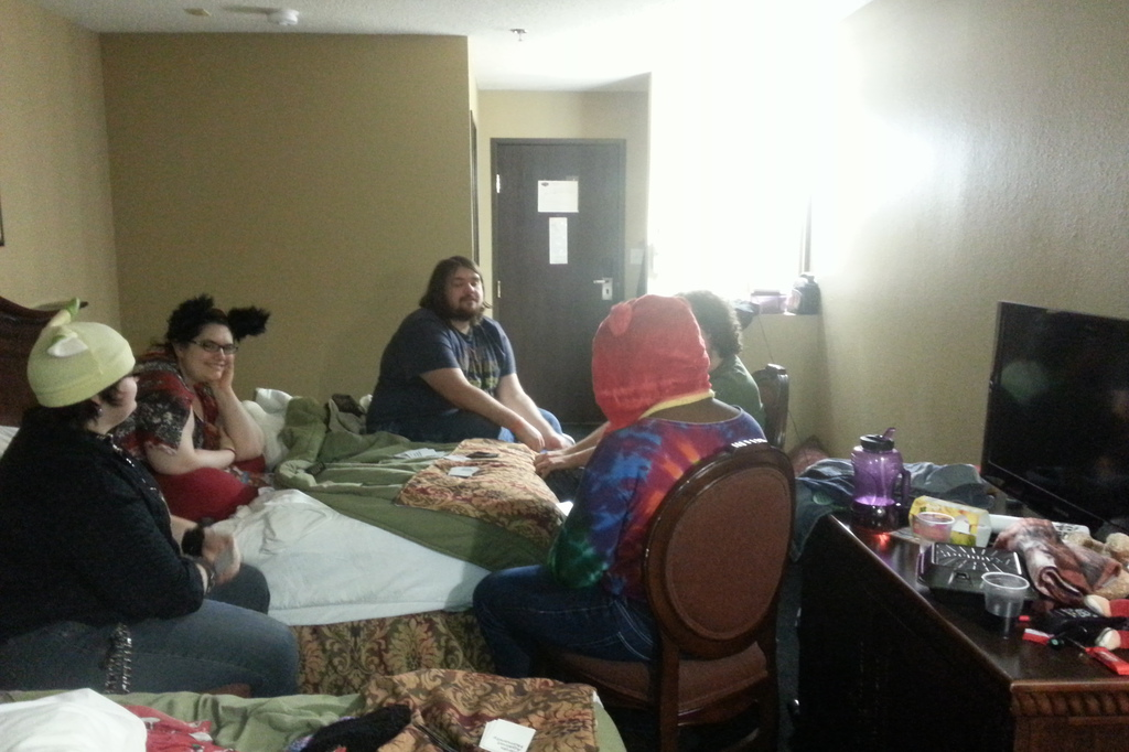 Most recent image: Mini Room Party