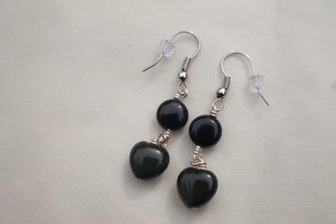 Onyx Circle and Heart Earrings