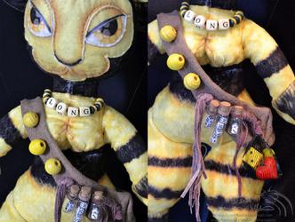 Bumble Cat Details 1