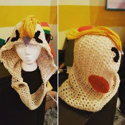 Crochet cockatiel hood