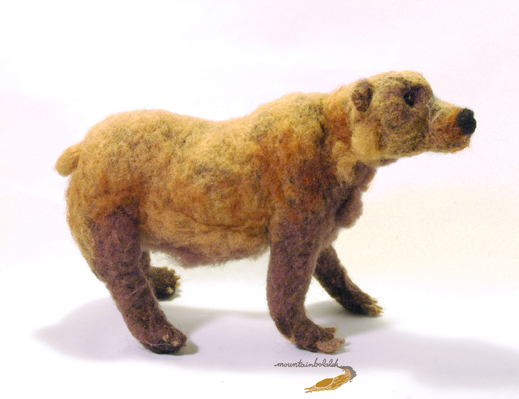 Needlefelted Grizzly Bear