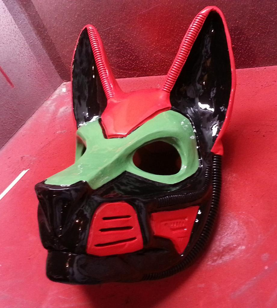 Most recent image: Custom K9 mask mkIV
