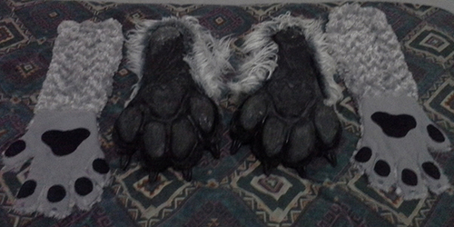 New Wolf Feetpaws - Bottom View