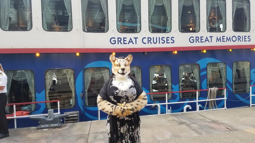 AC 2017: Fursuit Cruise 01