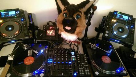 DJ pr0nz
