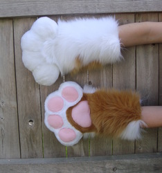 Marceline puffy paws