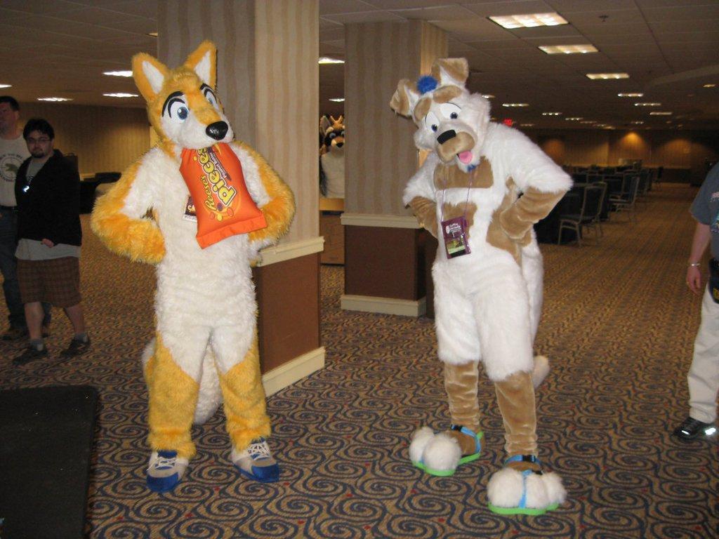 FWA 2012 - Day 1 - Goldenwolf and Coyoroo