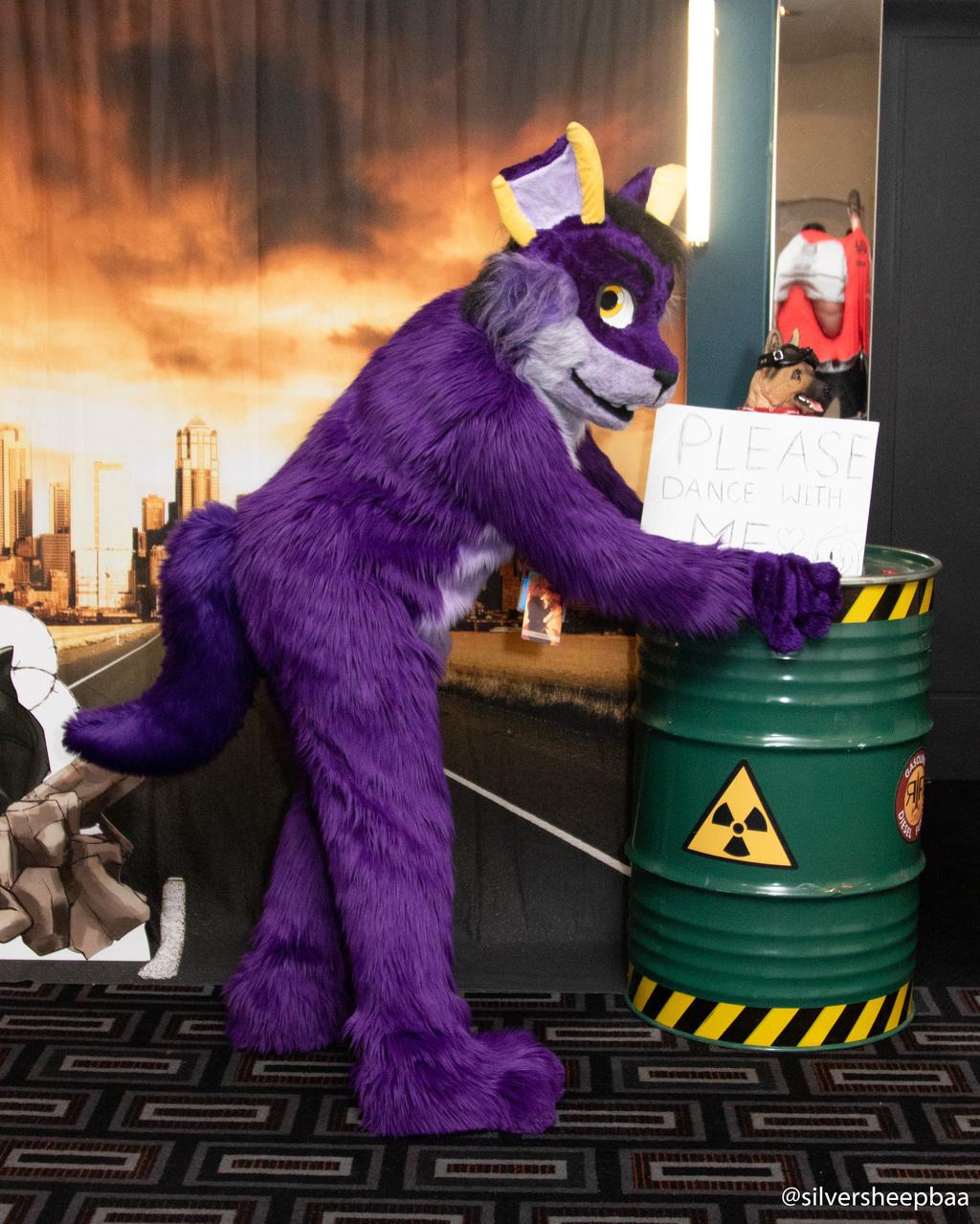 FurDU 2019: Purple Pal