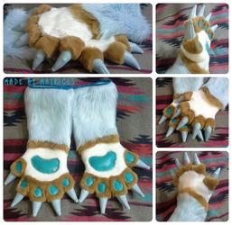 Dymitri's Handpaws