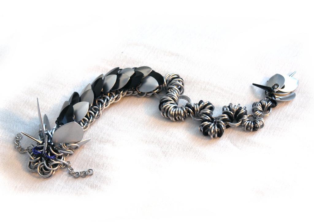 New 'Twisting-Tail' Dragon - Monochrome