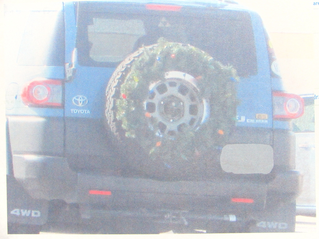 4-ply Steel-belted Radial Christmas Wreath