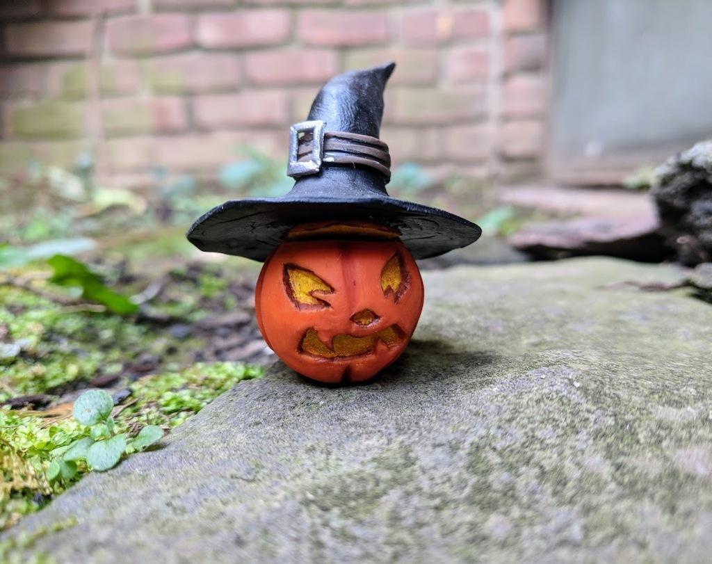 Hallow's Eve Jack o Lantern
