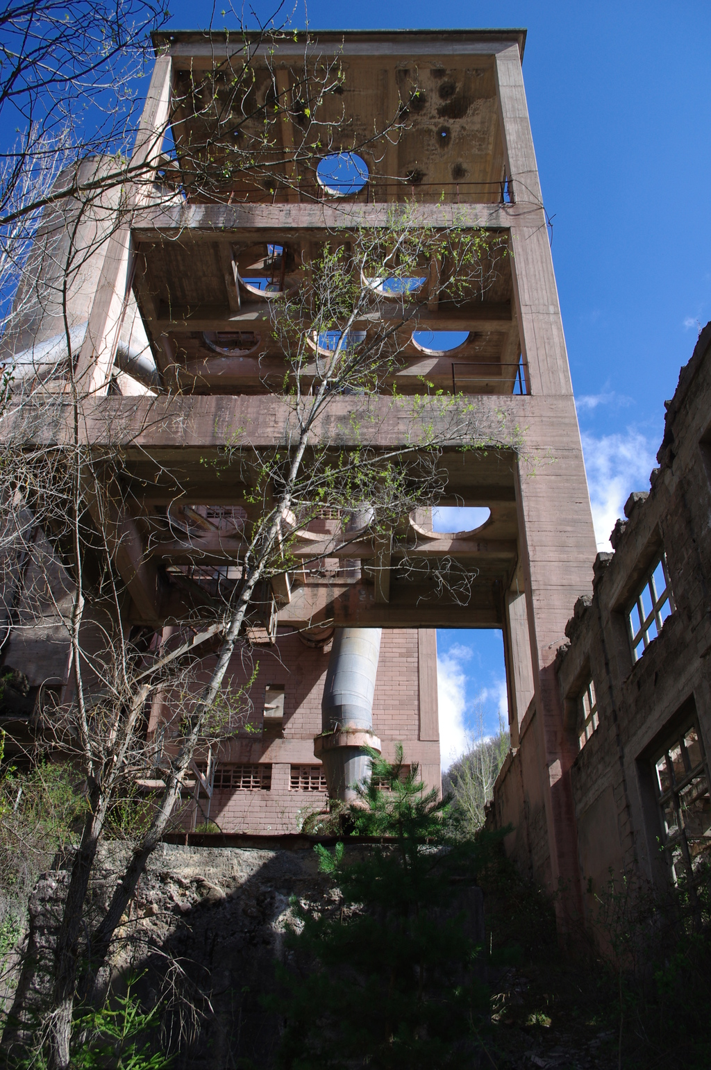 A cement plant in Spain 6