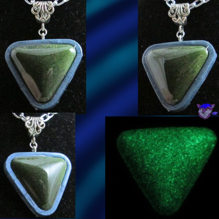Gilded Green Triangle ~Silver~