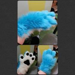 Fluffy handpaws