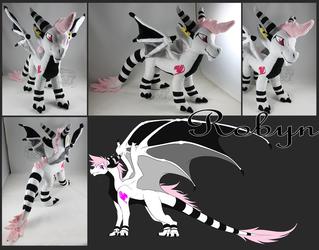Comm: Robyn Dragon Plushie