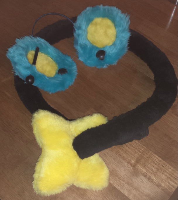 Most recent image: Luxray Tail Ear Commission