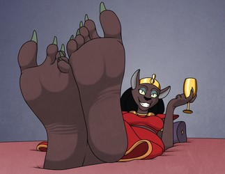 Mirage's Big Feet, Again!