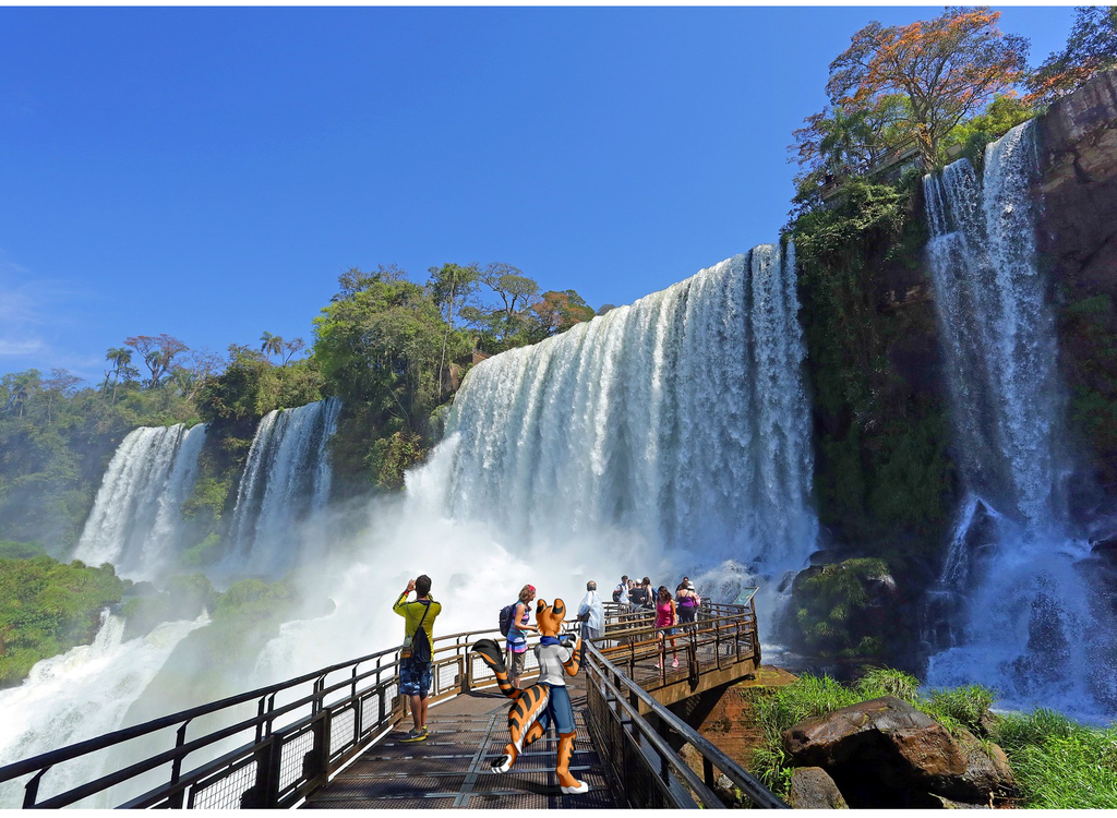 Visiting the Iguacu Waterfalls