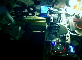 ~ Records everywhere ~