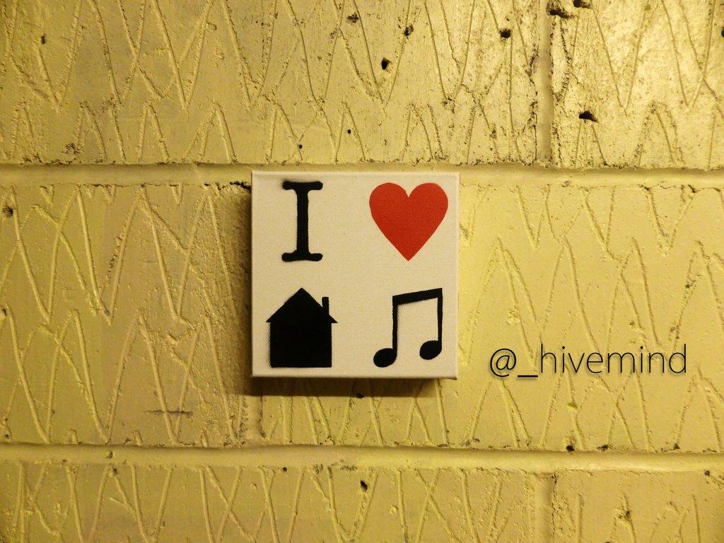 I heart house music.