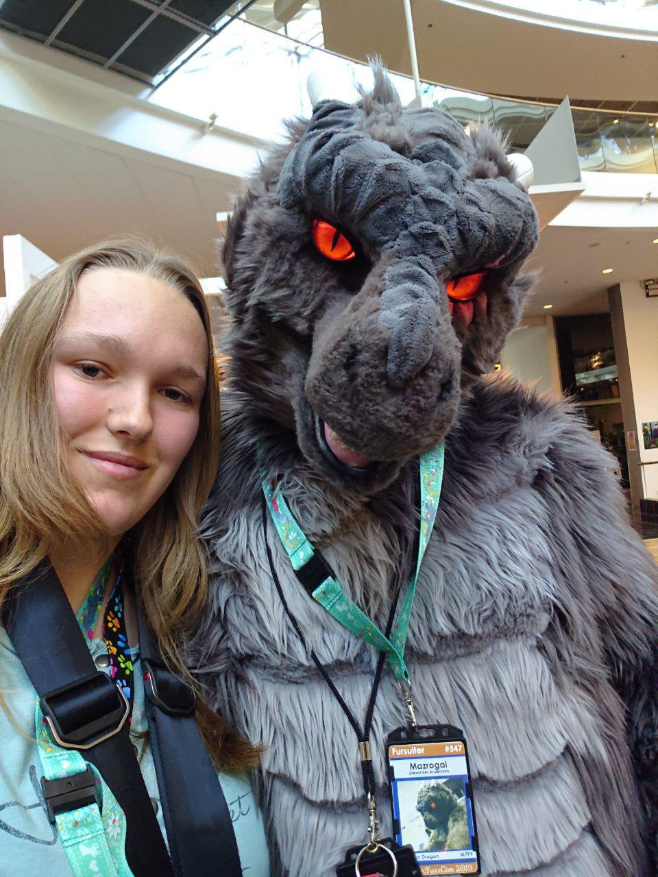 NFC2019 ''A Dragon Never Say No To Fursuit Selfies!''