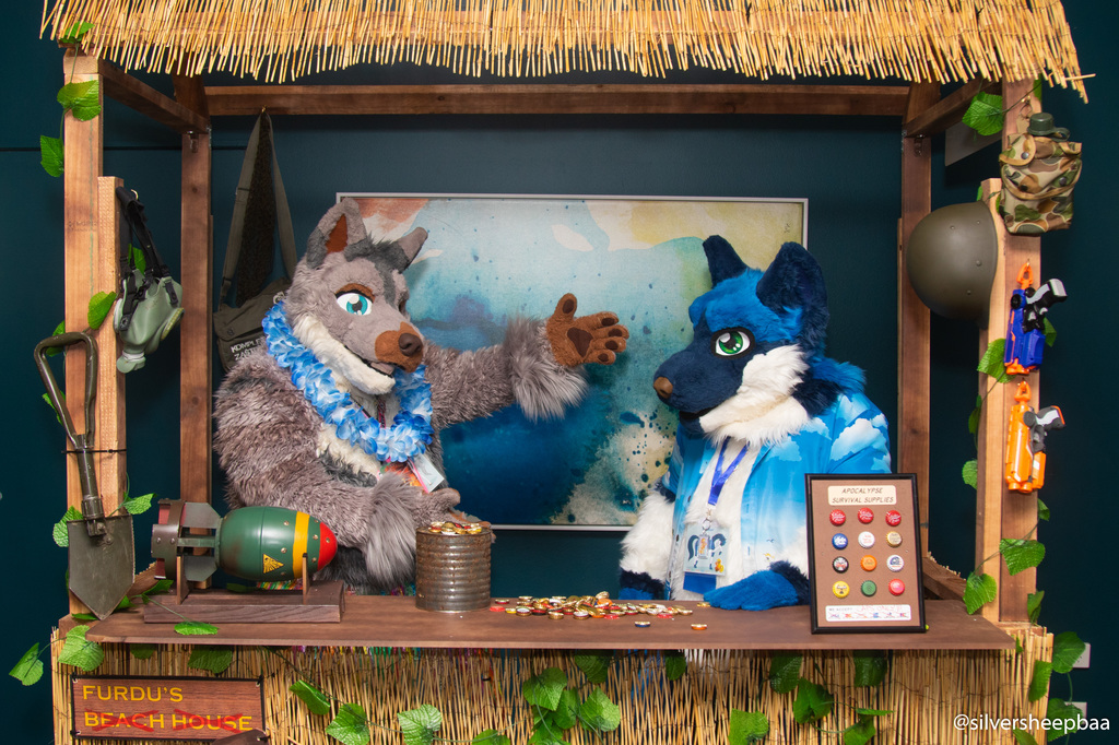 FurDU 2019: Trouble and Tracker 1