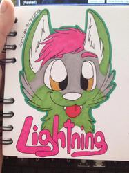 Headshot con badge for Lightning