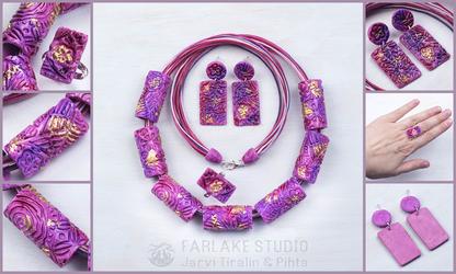 Pink jewelry set with enamel