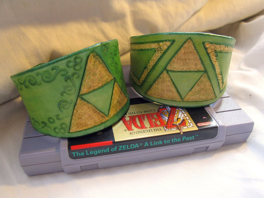Featured image: Legend of Zelda Bracelets