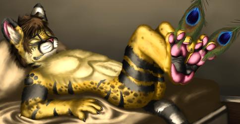[SCENE] Are Servals Ticklish on Their Feet?
