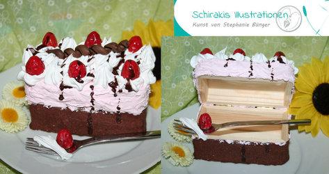 Fake-Cake-box strawberrycake