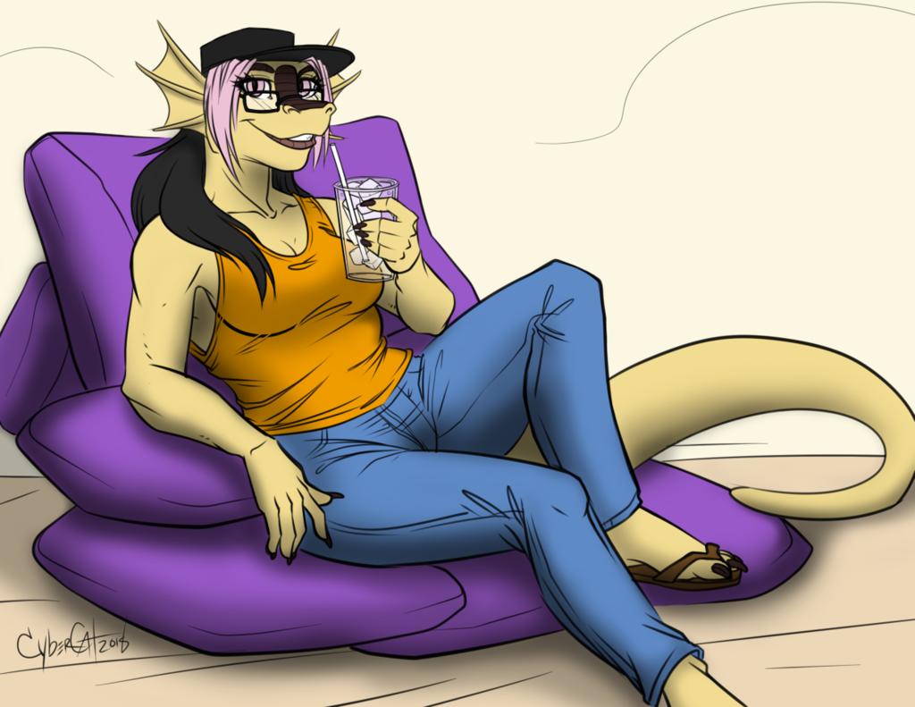 Most recent image: Loungewurm