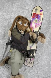 Skuff and the ANCIENT snowboard