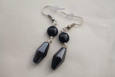 Black Onyx Circle Hematite Diamond Earrings
