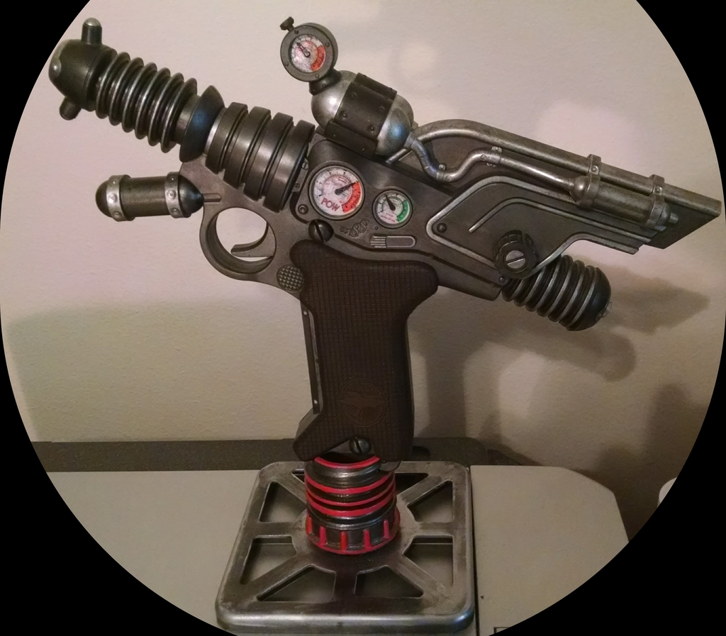 Raygun!  'Dr.  Grorbort's Saboteur 66' With quick and dirty home-brew stand!