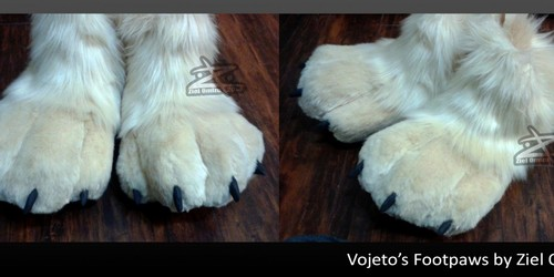 Lavojeto's Footpaws