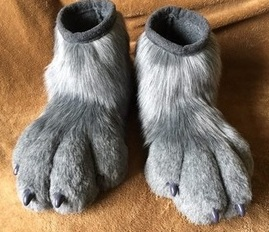 Outdoor Feetpaws Commission - Riley