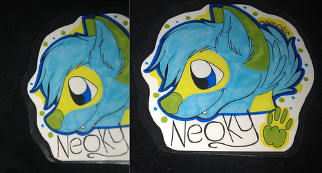 Headshot con badge for Neoky