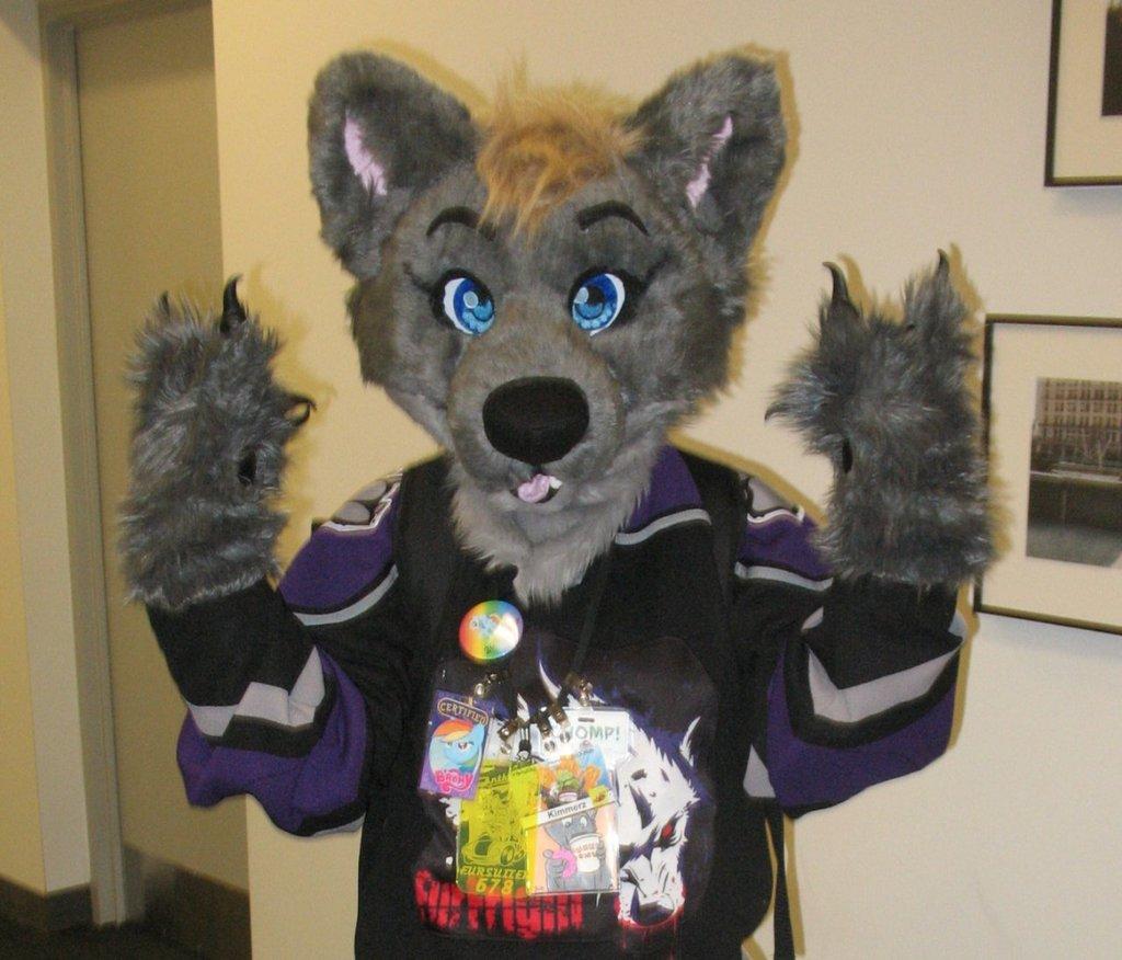 Most recent image: Kimmerz suit!